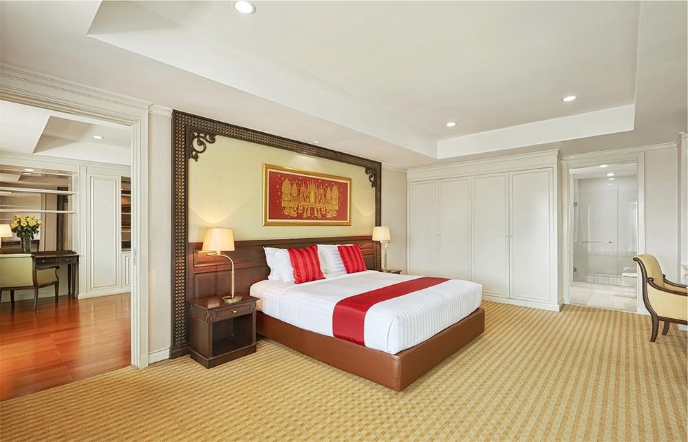One Bedroom Grand Suite